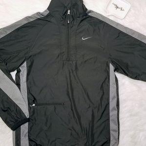 NIKE Windbreaker Sportswear Windrunner Pullover